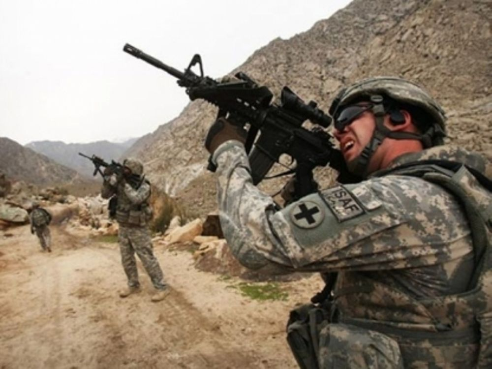 Νεκρός στρατιώτης από πυρά Αφγανού