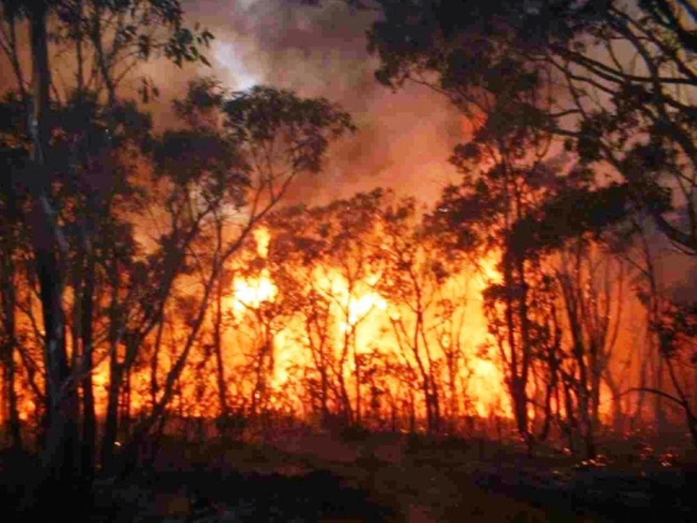 Σε εξέλιξη τρεις πυρκαγιές