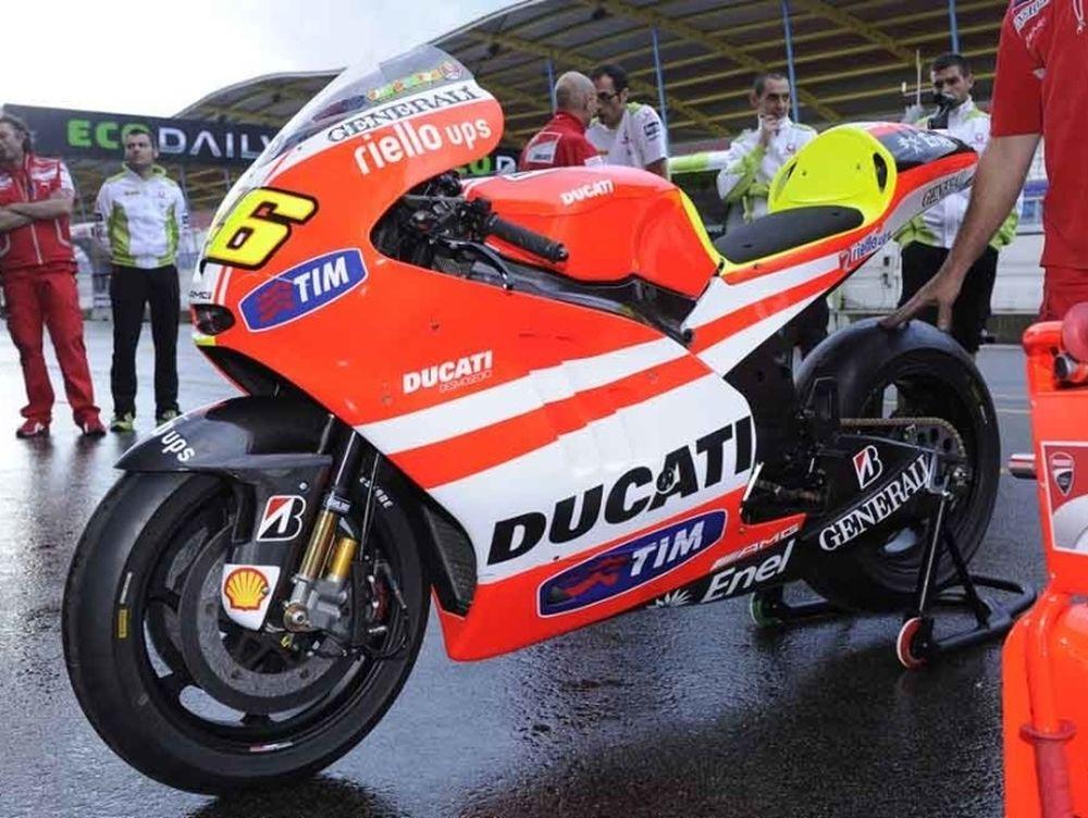 Με οχτώ μοτοσυκλέτες η Ducati