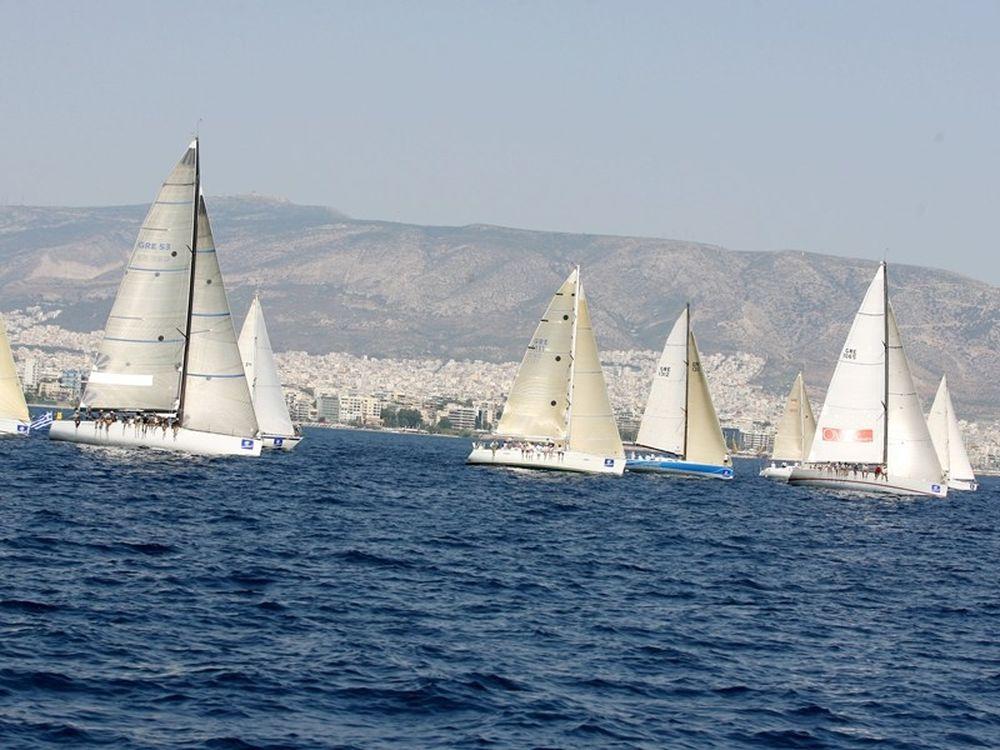 Ελληνικά πανιά… εν πλω
