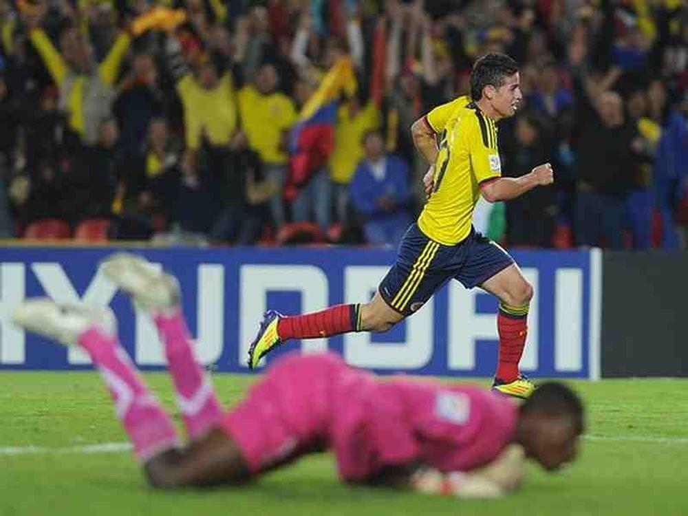 Στους «16» η Κολομβία