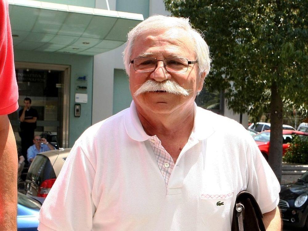Παπουτσάκης: «Βάζω για πρόεδρος»