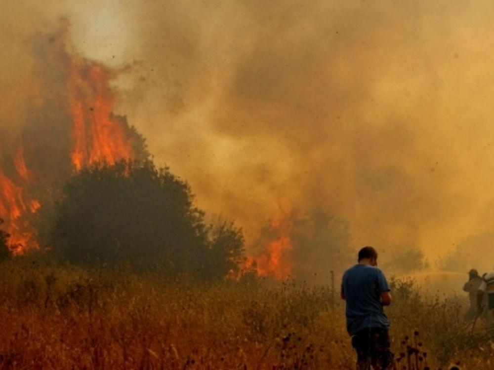 Στις φλόγες και πάλι η Κέρκυρα