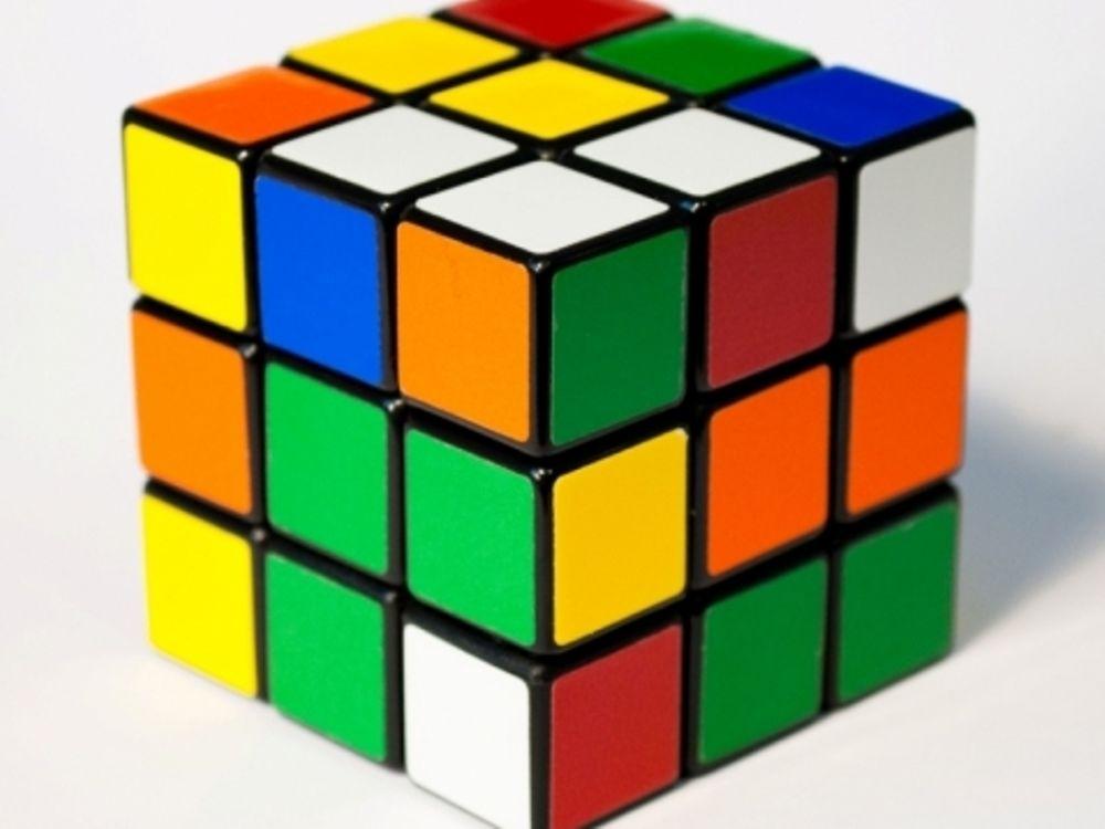 Πώς λύνεται ο κύβος του Ρούμπικ