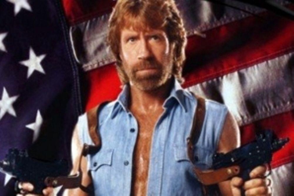 Αναλώσιμος ο Chuck Norris!