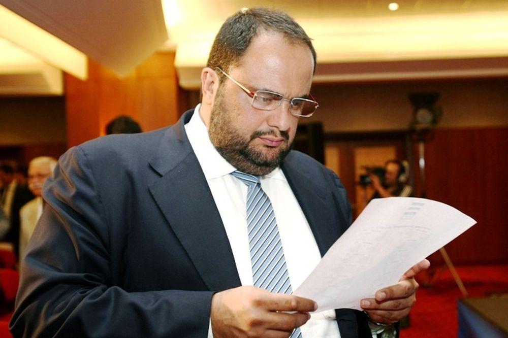 Μαρινάκης: «Διάψευση ή δικαστήρια»