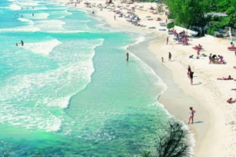 Στην παραλία ολοταχώς…