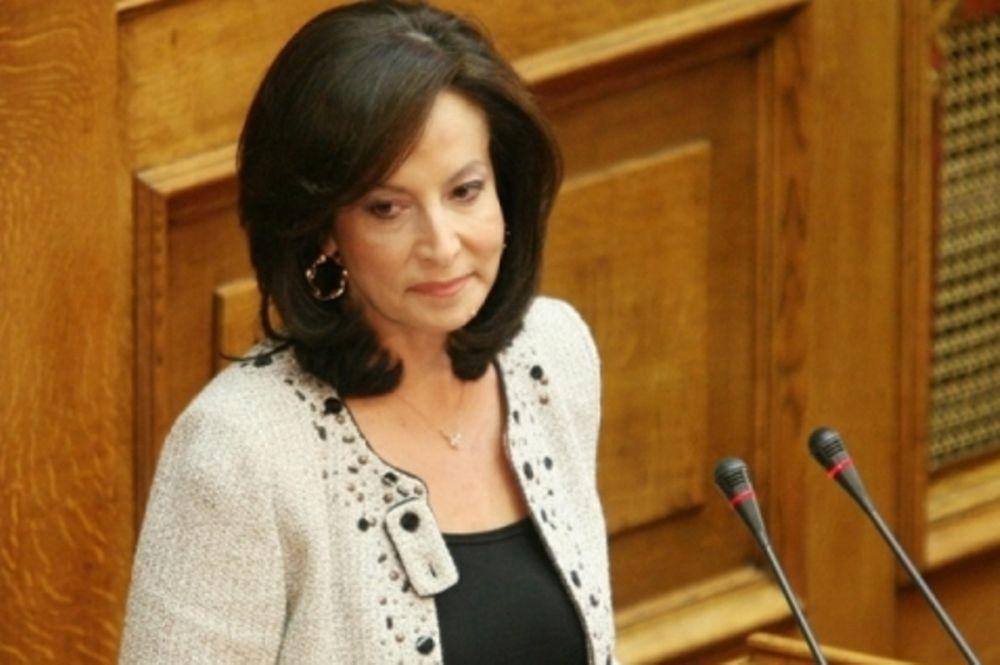 Απολύσεις στο Δημόσιο προαναγγέλλει και η Διαμαντοπούλου
