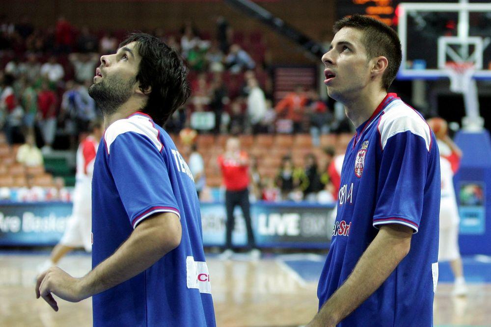 Δυσκολεύτηκε, αλλά κέρδισε η Σερβία