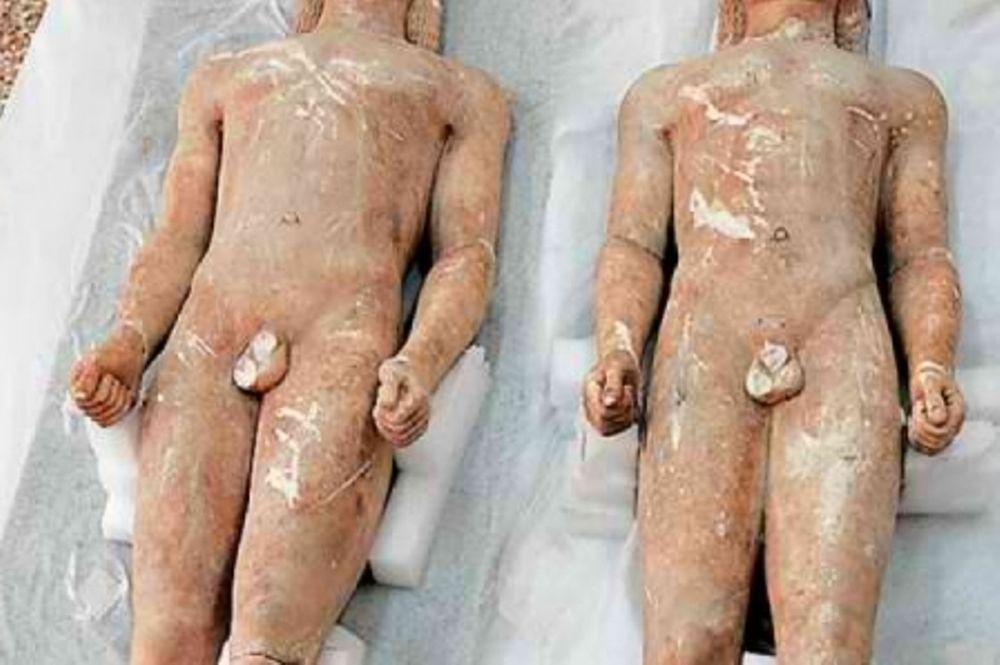 «Επέστρεψαν» οι Κούροι στο Μουσείο Κορίνθου