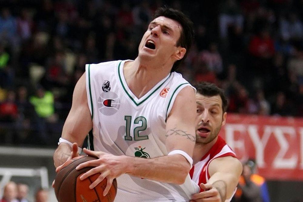 Η Σιένα «έδεσε» τον Λαβρίνοβιτς ως το 2014!