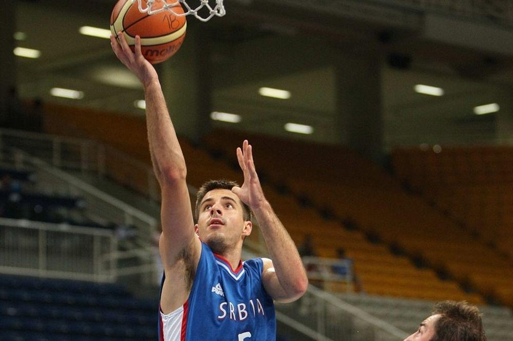 Θετικός ο Τέπιτς στη νίκη της Σερβίας