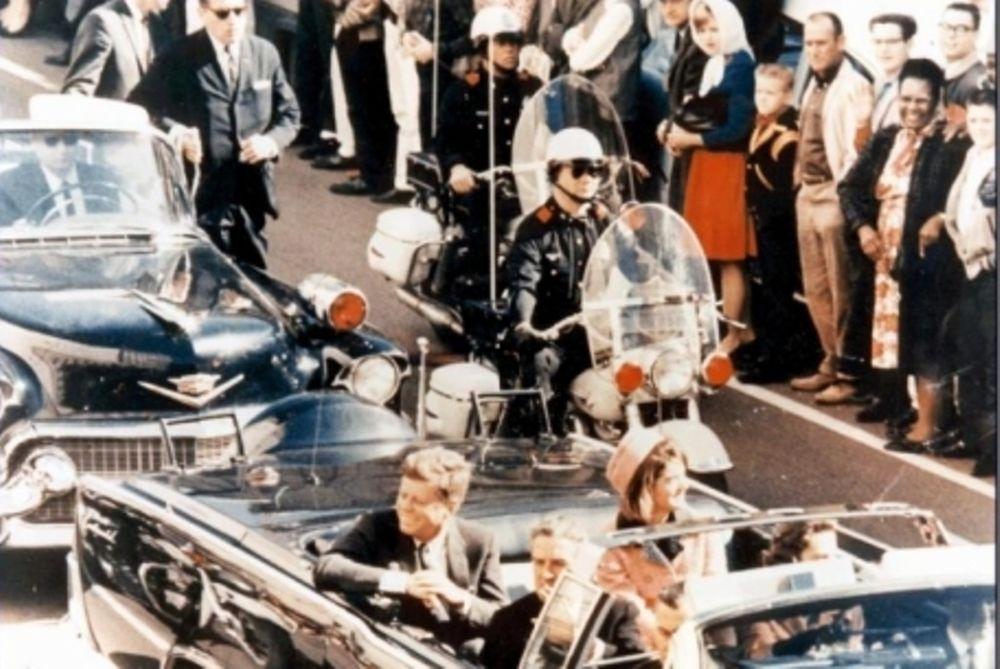 Daily Mail: Αποκάλυψη - βόμβα για τη δολοφονία Κένεντι