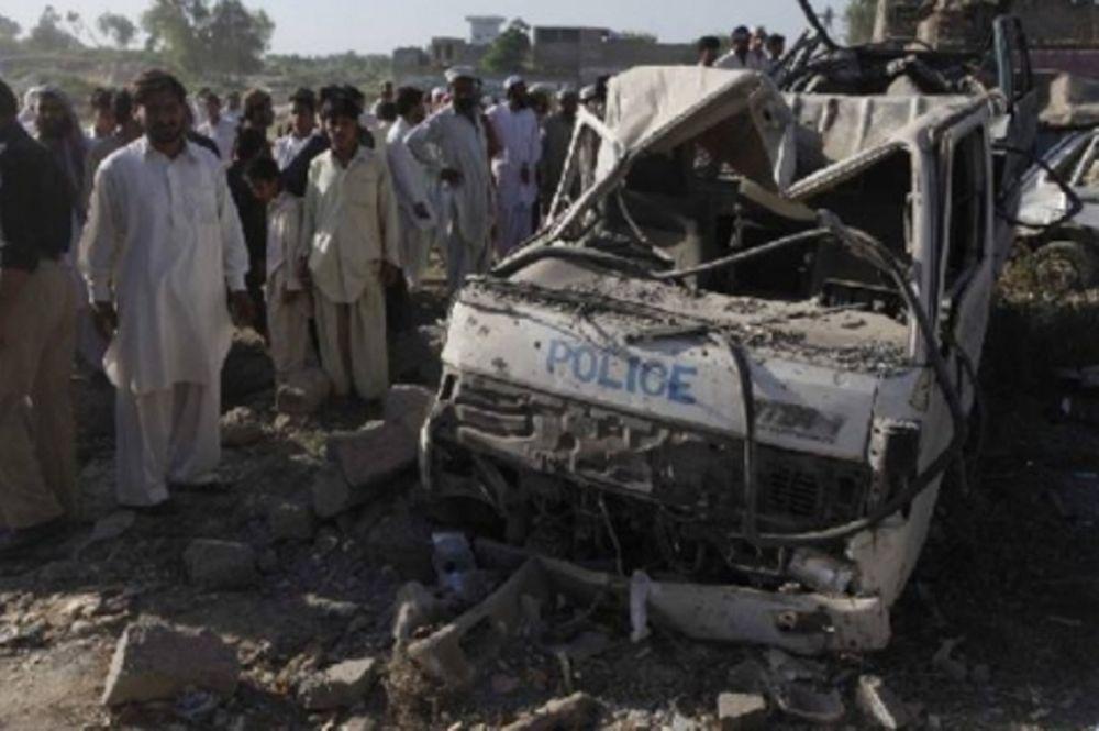 Πέντε νεκροί σε βομβιστική επίθεση στο Πακιστάν