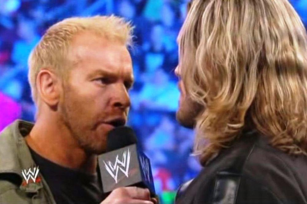 «Ζωντανό» επεισόδιο SmackDown