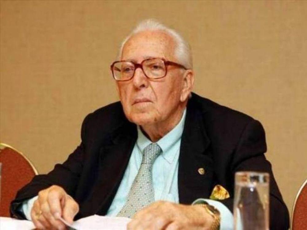 Μακρόπουλος: «Θα εγγυηθώ τα συμβόλαια»