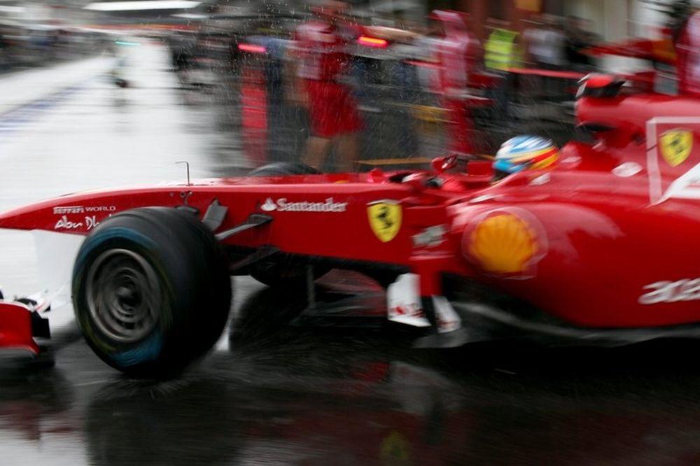 F1 Ferrari: Η ομάδα κοιτάζει στο 2012