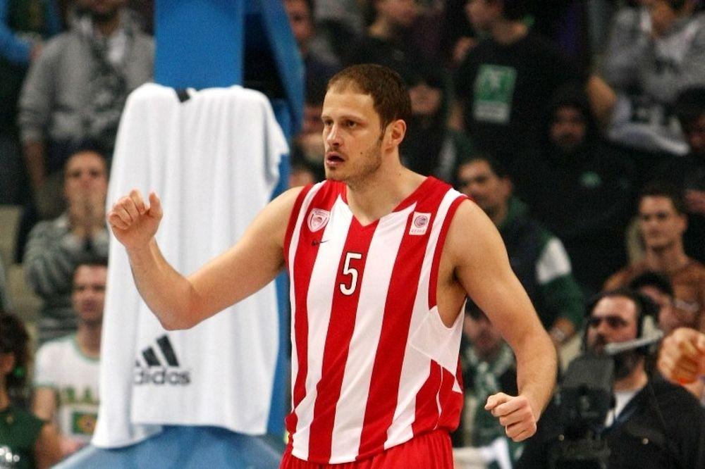 Νεστέροβιτς: «Με το κεφάλι ψηλά»