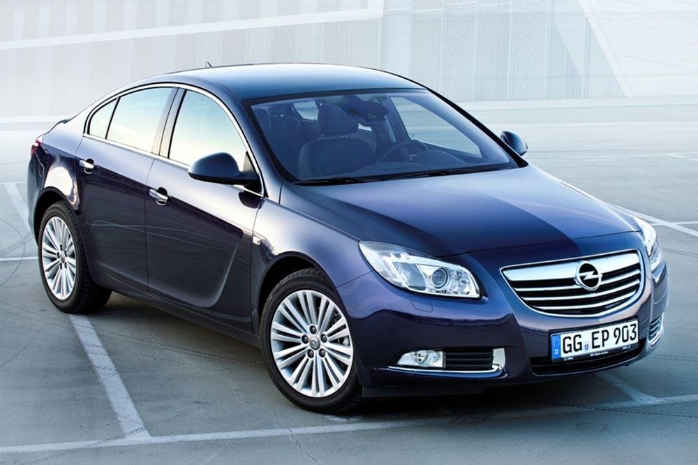 Η Ναυαρχίδα της Opel συνεχίζει την επιτυχία της