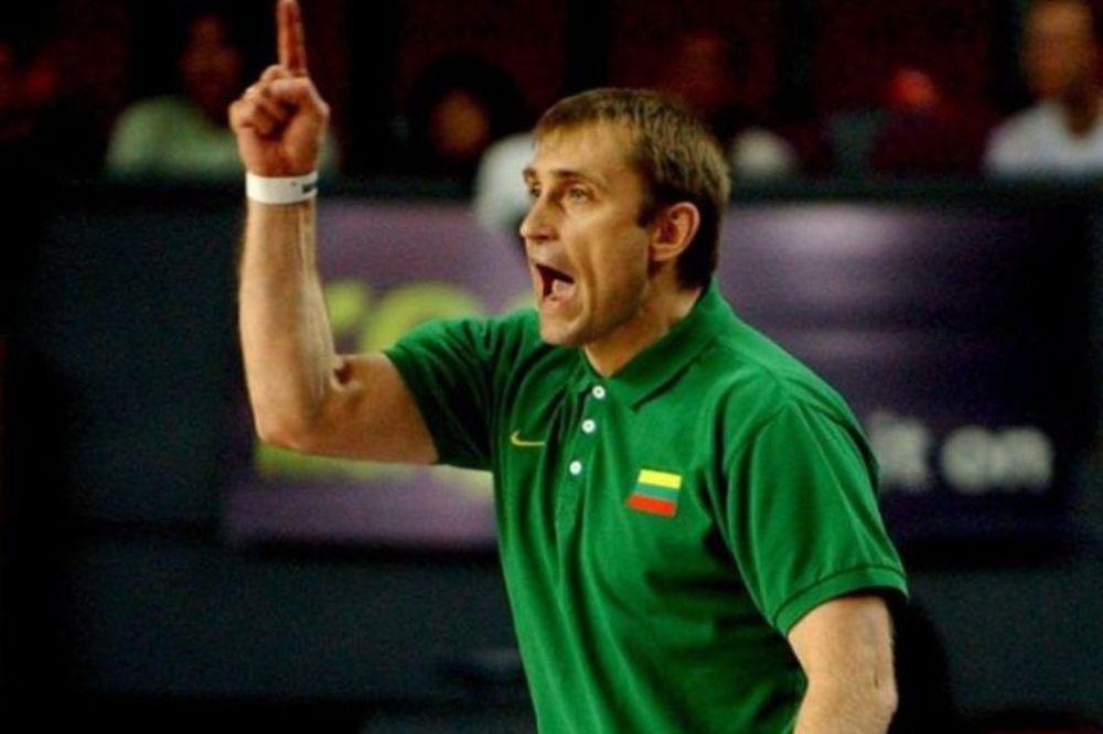 Κεμζούρα: «Απίστευτος ο Ίβκοβιτς»