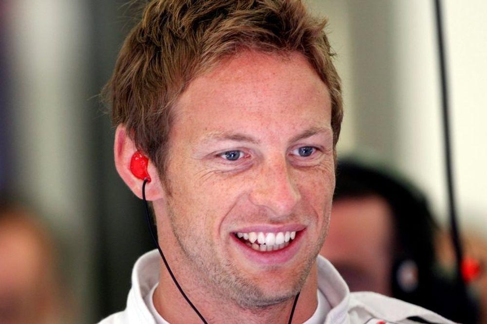 Μένει στη McLaren ο Μπάτον