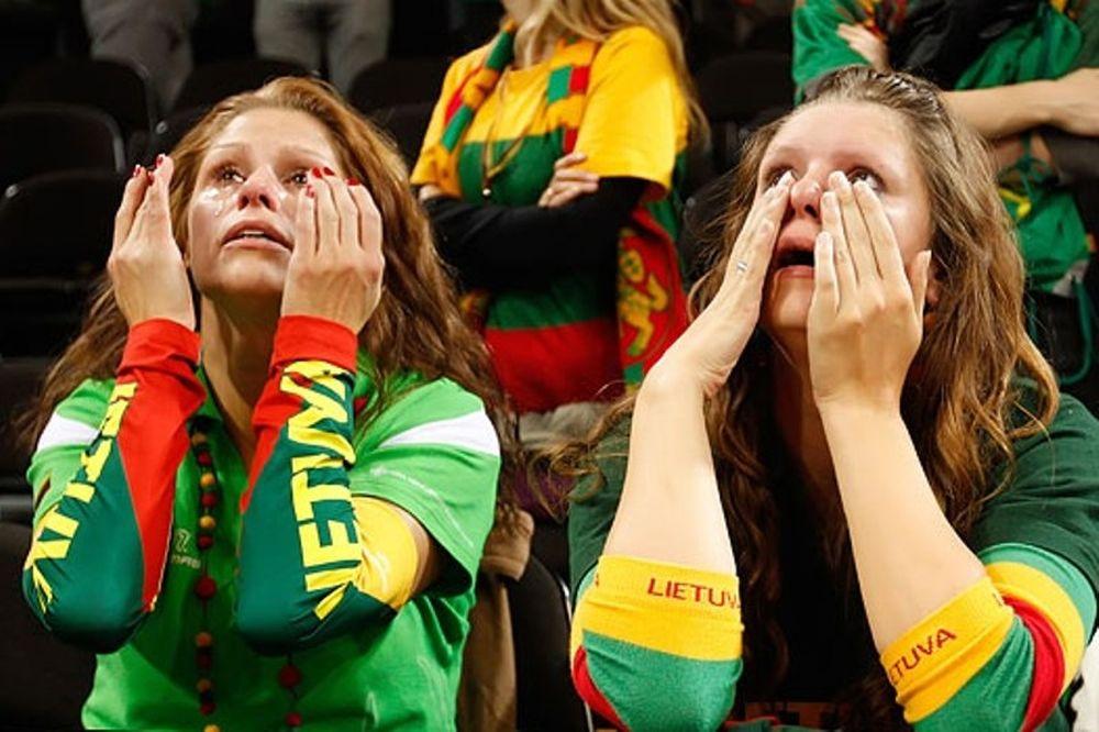 Κλάμα οι χαμένοι, κλάμα και οι νικητές