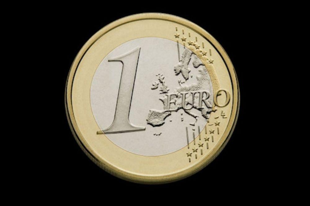 Κι όμως συνέβη… Ούτε μια φορά την φράση «βάζω… ένα ευρώ»