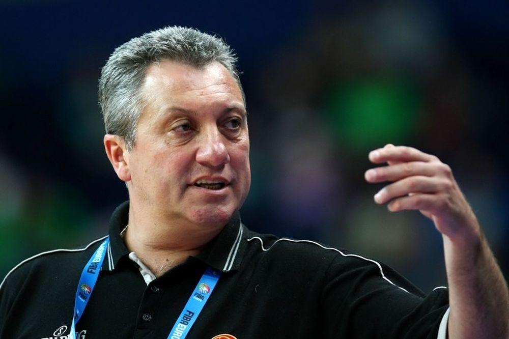 Ντοκουζόφσκι: «Συγχαρητήρια στους παίκτες μου»