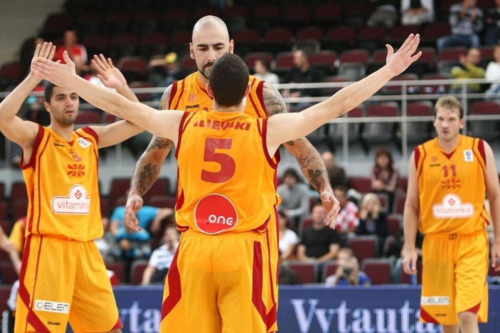 Θέλουν το Προολυμπιακό τα Σκόπια