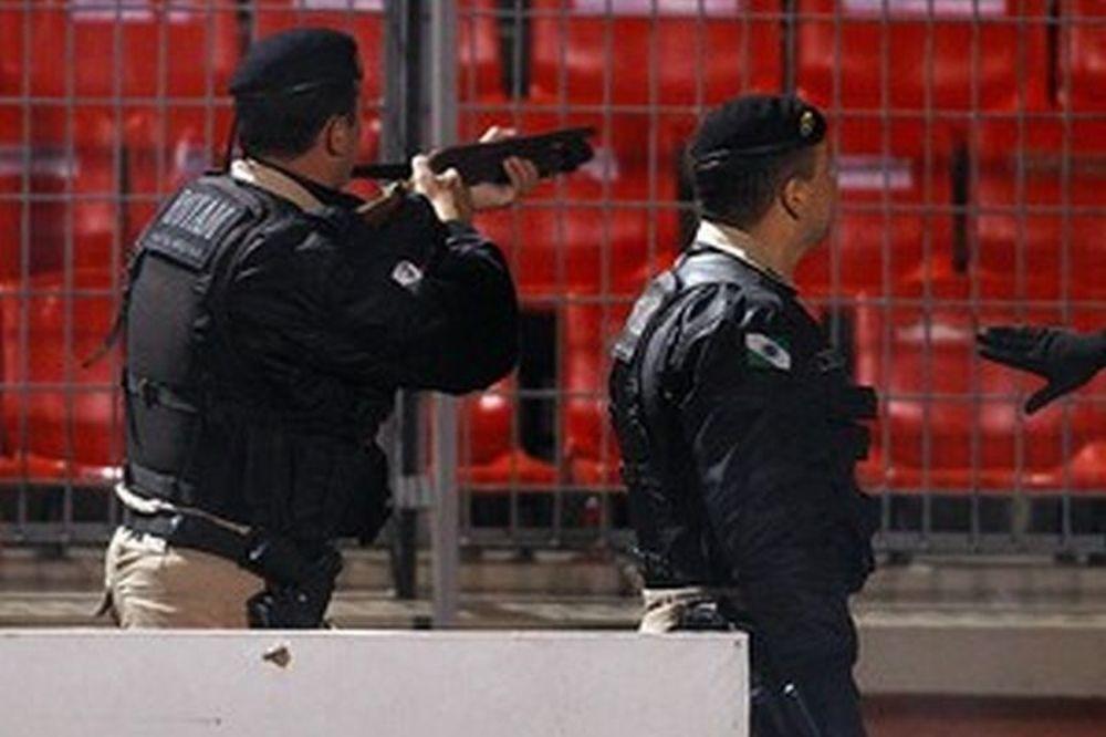 Απίστευτη αστυνομική βία στην Βραζιλία! (vid)