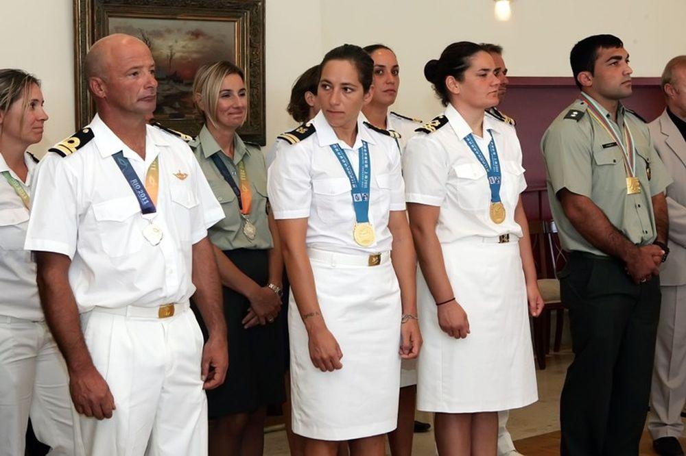 Οι βραβεύσεις του Υπουργείου Εθνικής Άμυνας