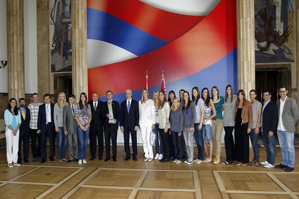 Τάντιτς: «Τεράστια επιτυχία για το έθνος μας»