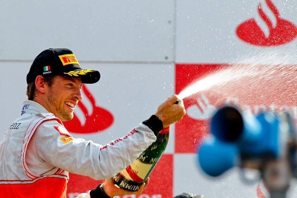F1 McLaren: Ανανέωσε ο Μπάτον