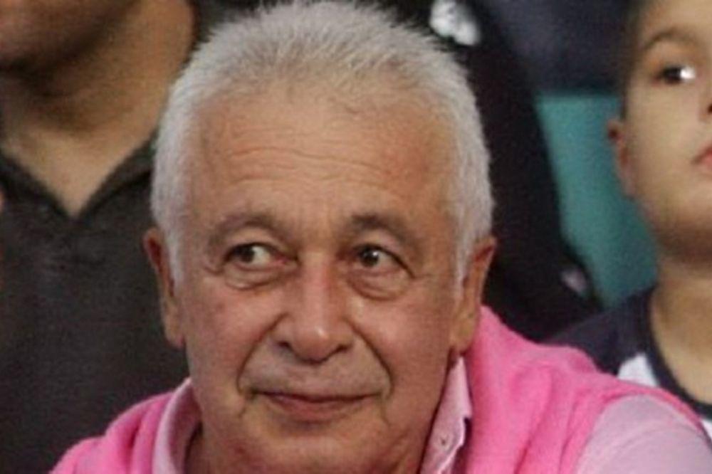Σαχπατζίδης: «Πως θα συνεχίσουμε στα τυφλά;»