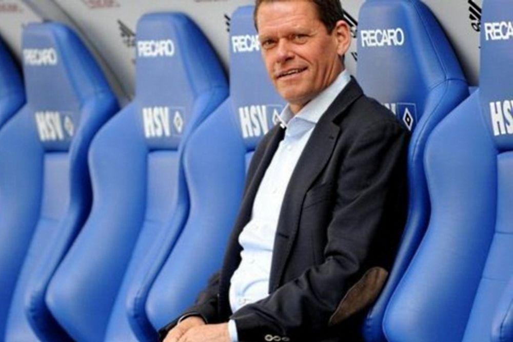Άρνεσεν: «Ο νέος προπονητής... είμαι εγώ»!