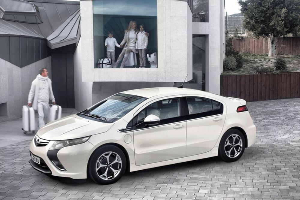 Το Opel Ampera στη LeasePlan