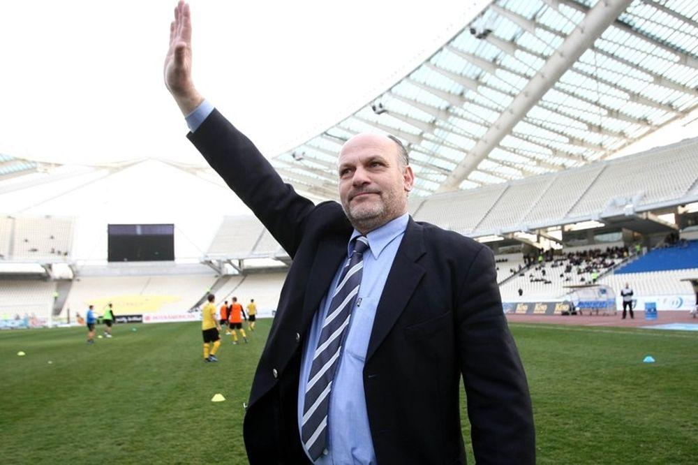 Καραγκιοζόπουλος: «Η ΑΕΚ έχει ταβάνι»