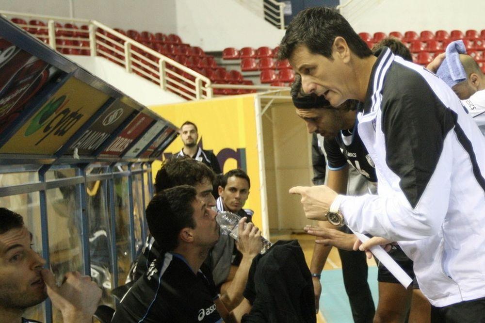 Μέλκας: «Μας… κόλλησε η ποδοσφαιρική ομάδα»
