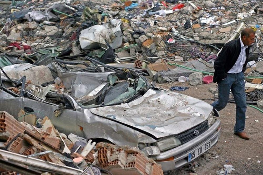 Οικονομική ενίσχυση στους σεισμόπληκτους