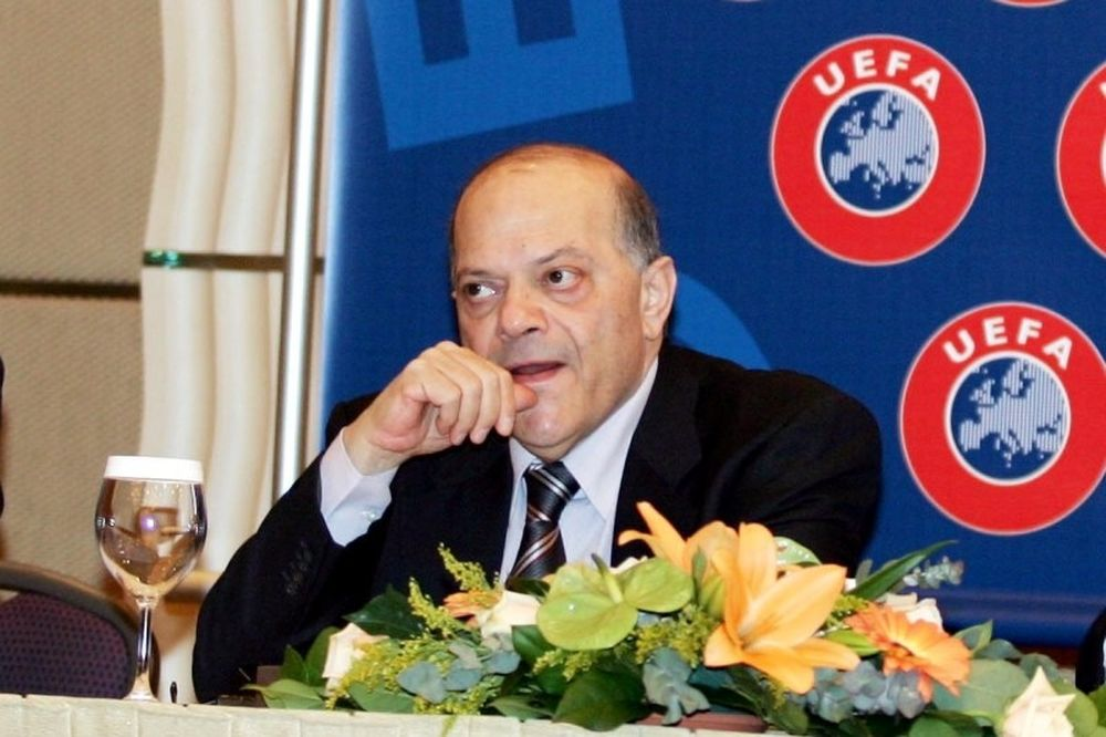 Λευκαρίτης στο Onsports: «Η UEFA δεν επεμβαίνει για πολιτικά πανό»