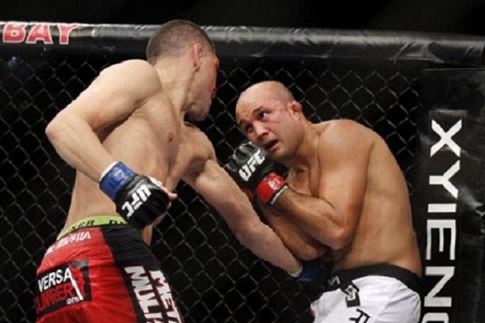 Δύο αποχαιρετισμοί στο UFC 137