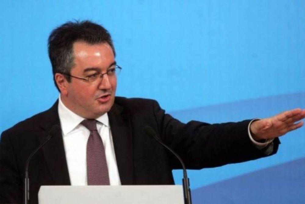 Μόσιαλος: Δημοψήφισμα το συντομότερο