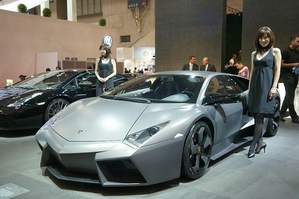 Έλληνας ποδοσφαιριστής παίρνει αμάξι 1.500.000!
