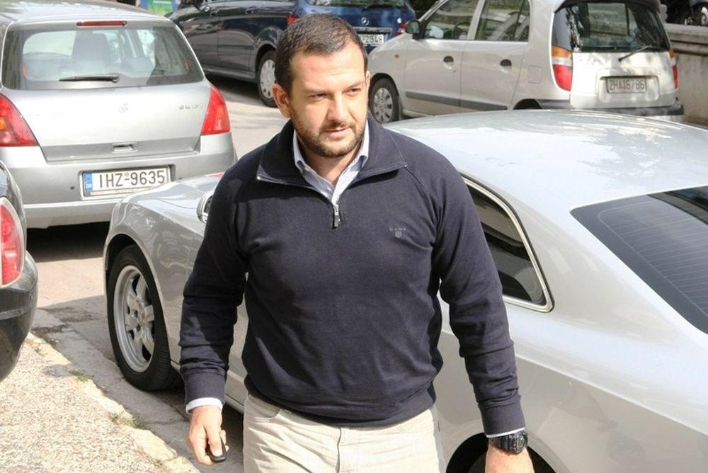 Διαψεύδει η Patero για ΑΕΚ