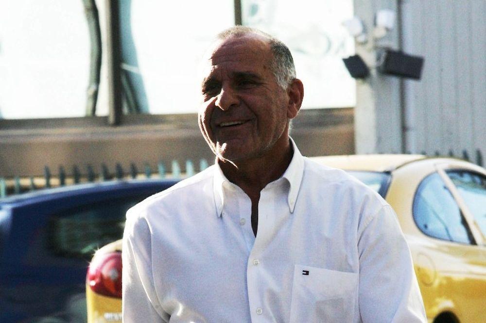 Κωνσταντίνου: «Στη δημοσιότητα οι υπογραφές»