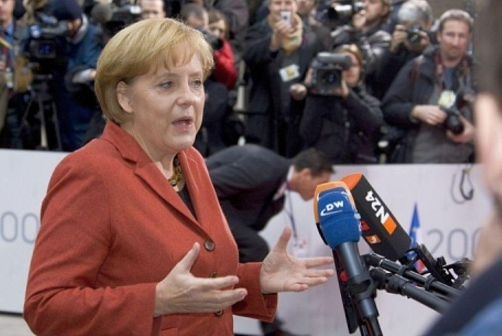 Μέρκελ: Η σταθερότητα του ευρώ πιο σημαντική από την Ελλάδα