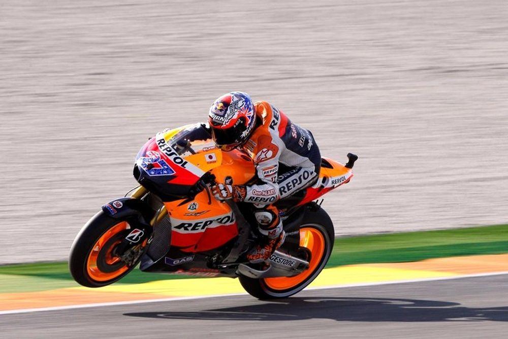 MotoGP Βαλένθια: Άλλη μία pole για τον Στόνερ