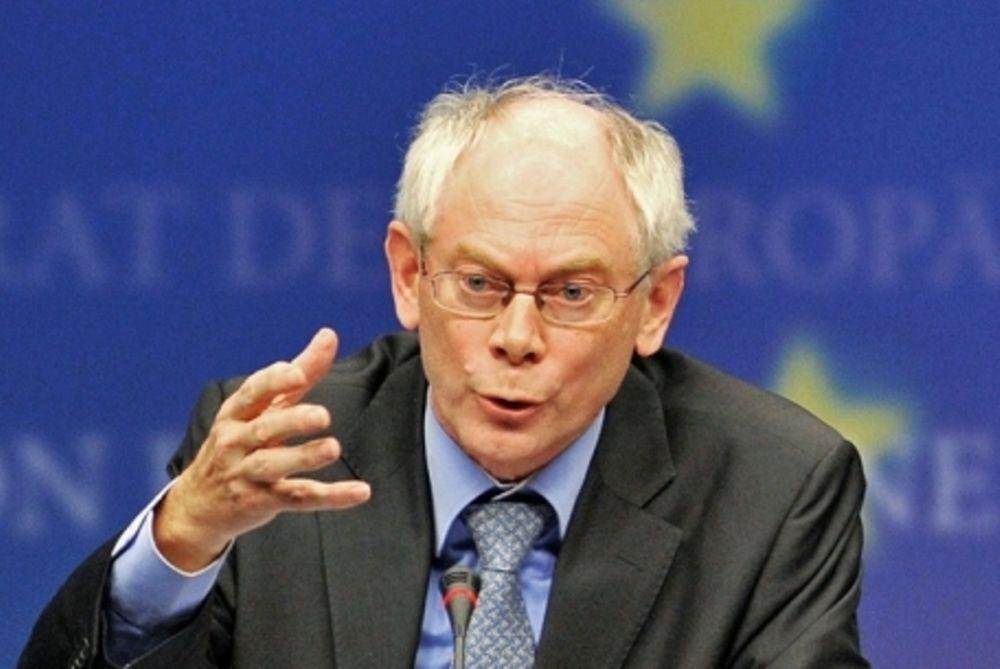 Ρομπάι: «Η ευρωζώνη περνά υπαρξιακή κρίση»