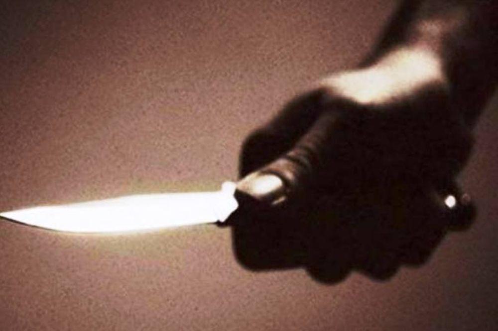 Απείλησε με μαχαίρι εκδότη εφημερίδας