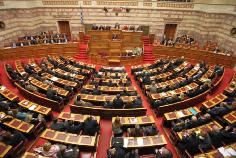 Με 255 «ναι» πήρε ψήφο εμπιστοσύνης η κυβέρνηση Παπαδήμου